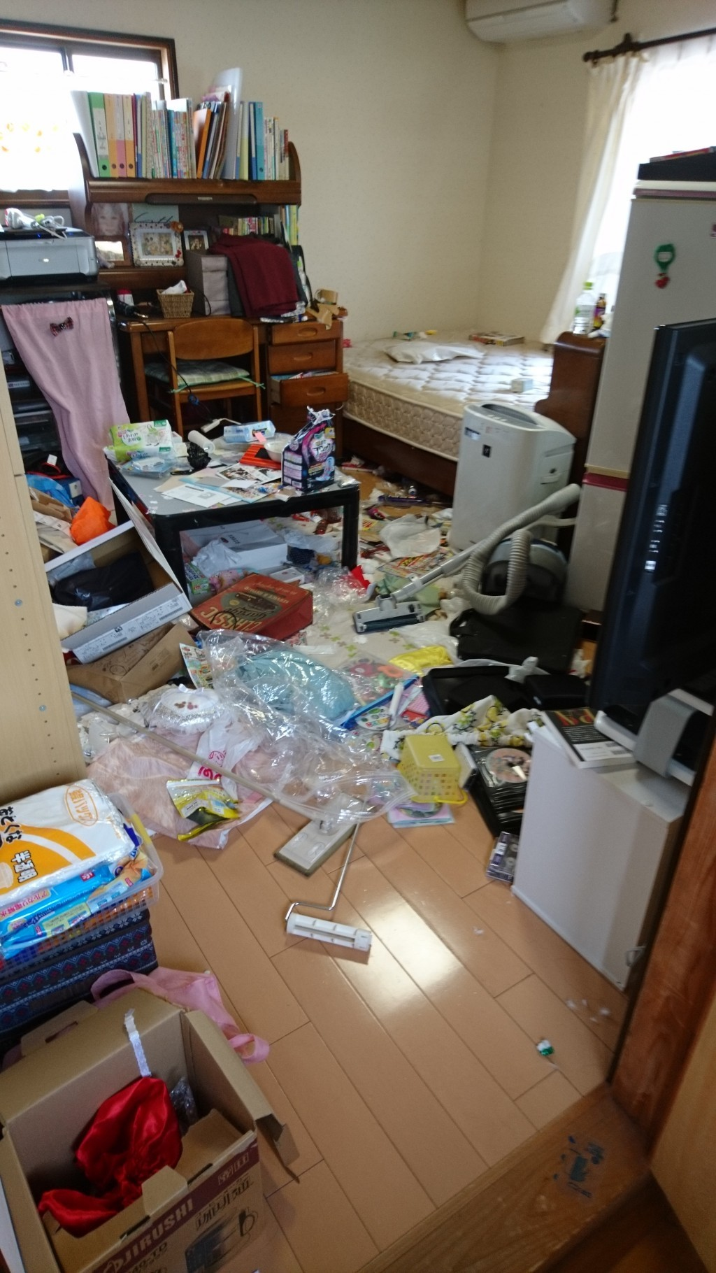 【松山市西垣生町】お部屋の片付けと不用品回収のご依頼☆リピーターのお客様に大変ご満足いただけました!