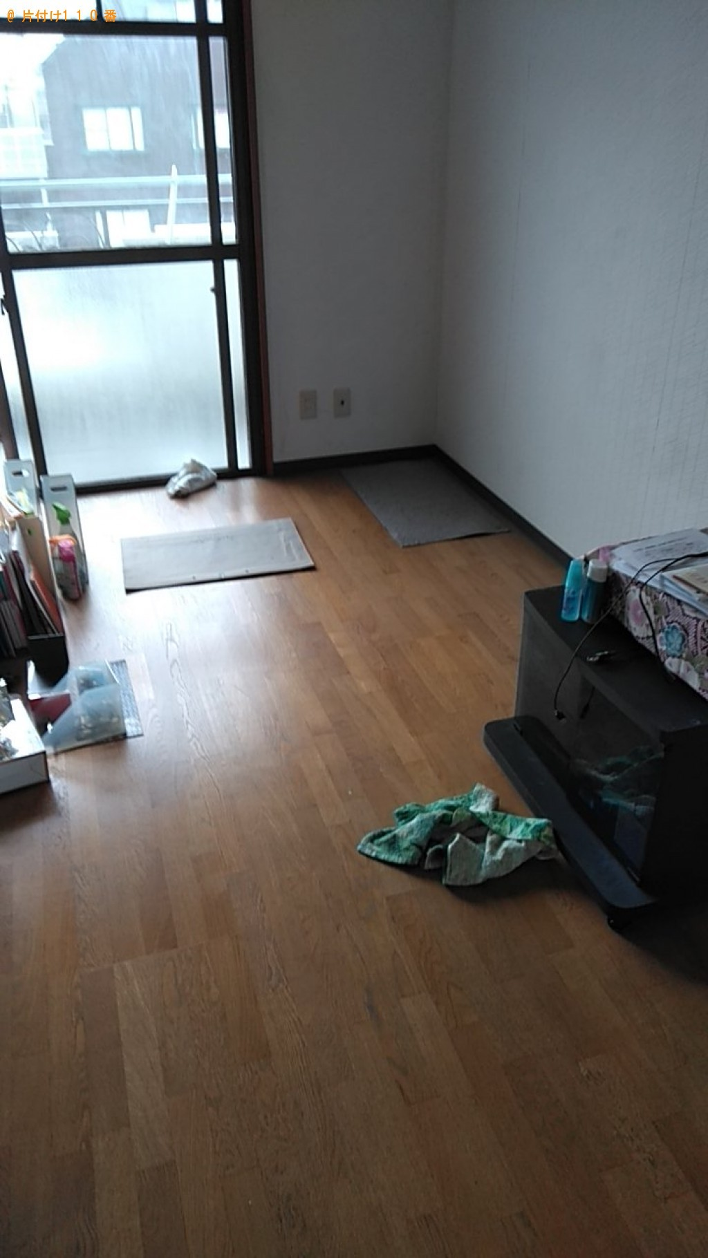 【松山市】パソコン、キッチンテーブル、折り畳み椅子等の回収