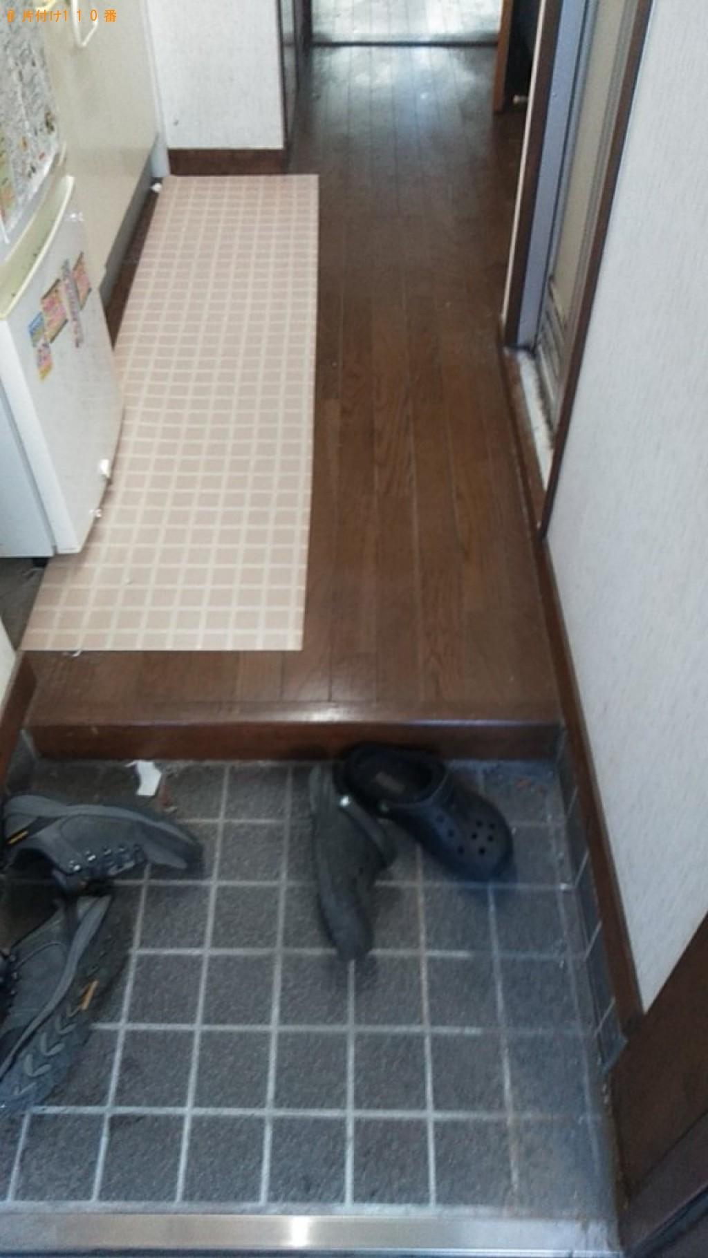 【西条市】遺品整理に伴い室内物干し、釣り竿、長靴、一般ごみ等の回収・処分