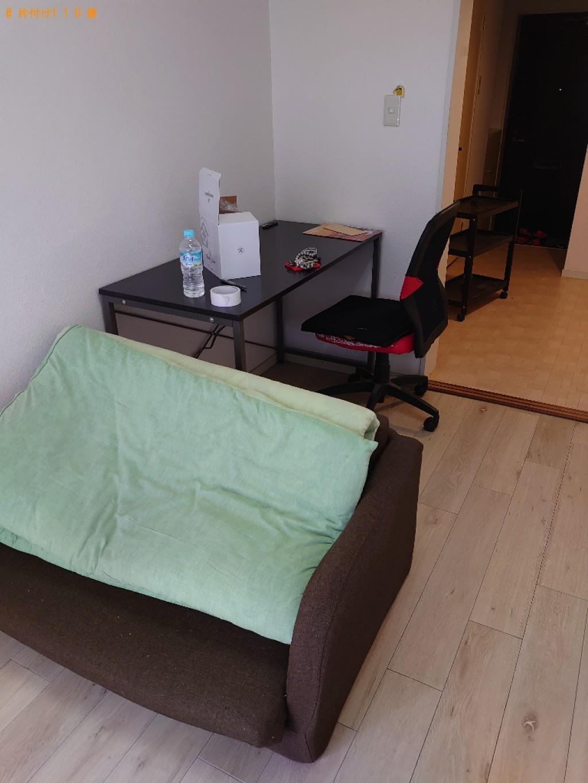 【松山市】二人掛けソファー、PCデスク、椅子、布団等の回収・処分