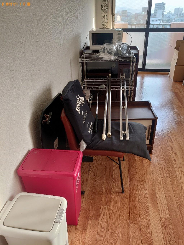 【松山市】冷蔵庫、洗濯機、本棚、食器棚、椅子、テレビ台等の回収